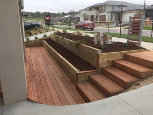 Landscaping design - Retaining walls gardening services