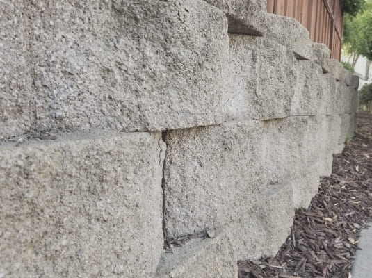 Build your retaining walls with CGS