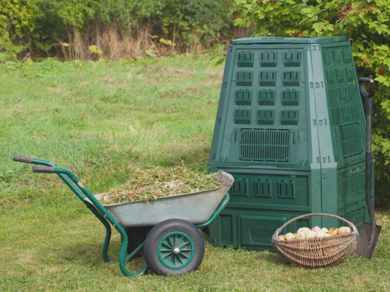 Handy tips for autumn composting in Melbourne
